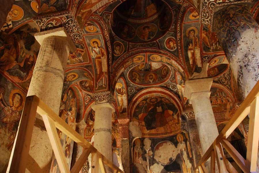 Cavusin frescoes